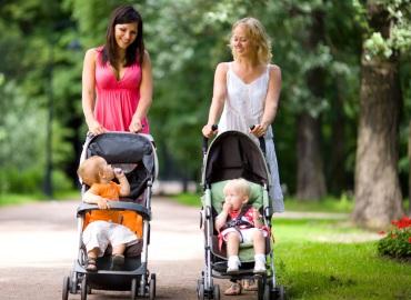 На что обратить внимание при покупке детской коляски?